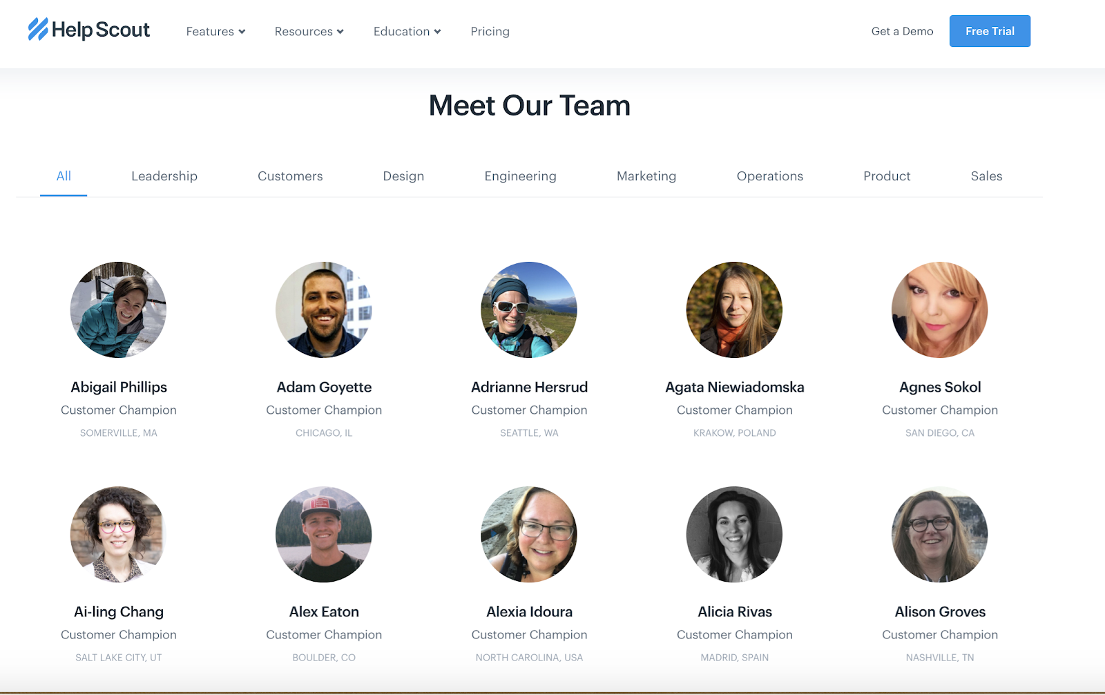 helpsccout website with our team section on about page
